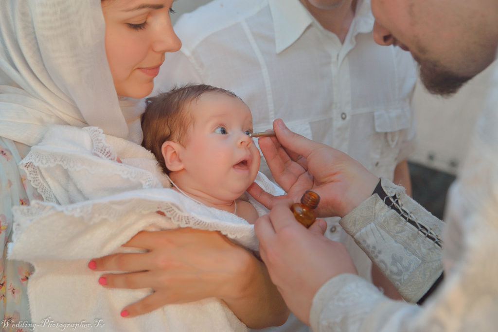 Ильинская церковь, крестины ребенка