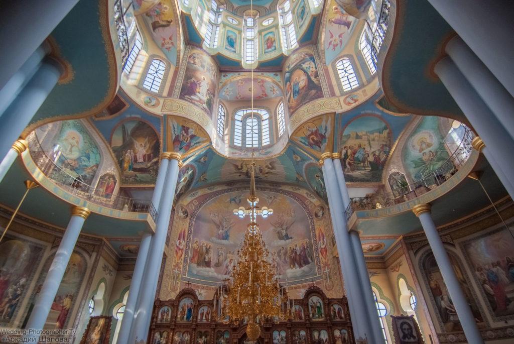 Крестины в храме равноапостольной княгини Ольги