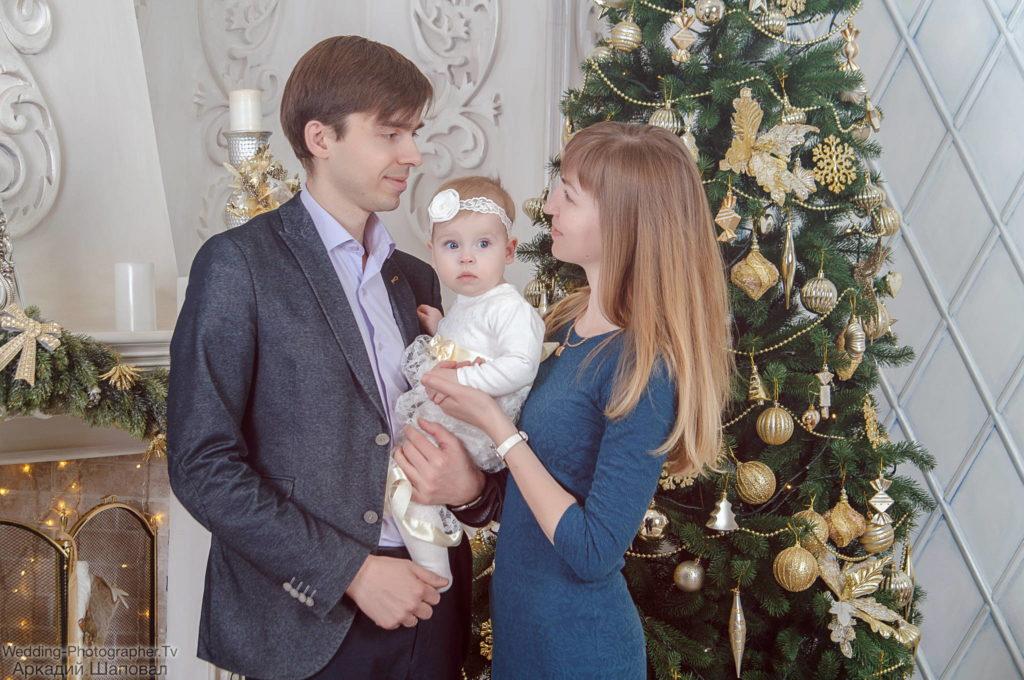 Новогодняя студийная съемка для семьи