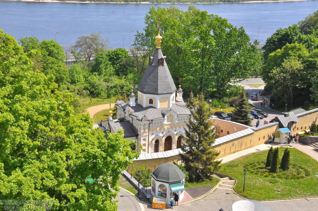 Церковь Живоносного Источника Киево-Печерской лавры