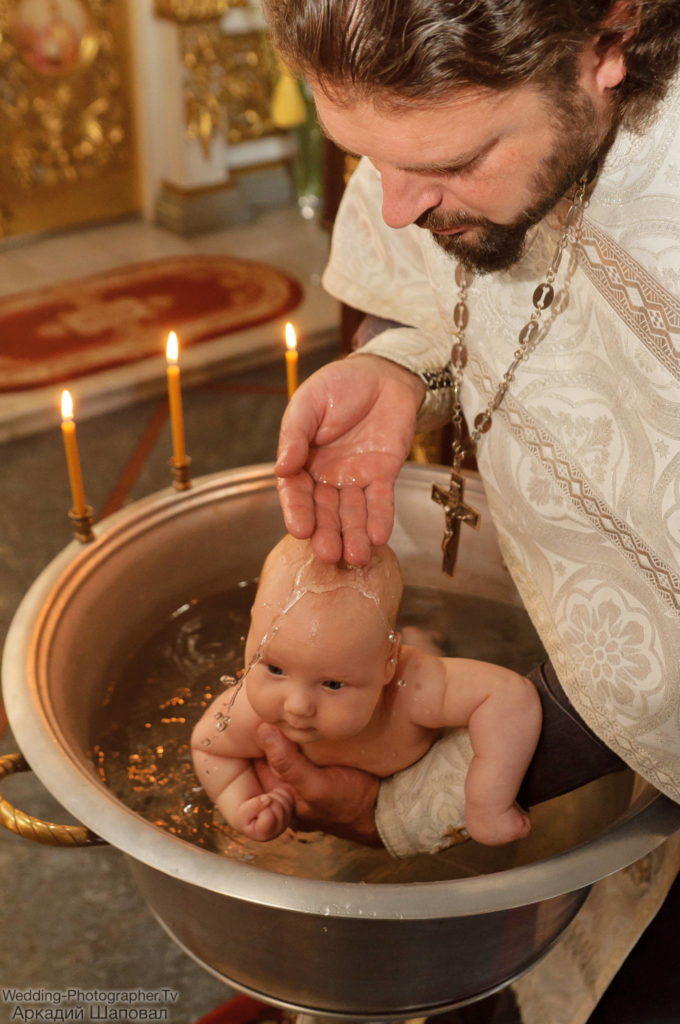 Крещение в церкви Святителя Николая на воде