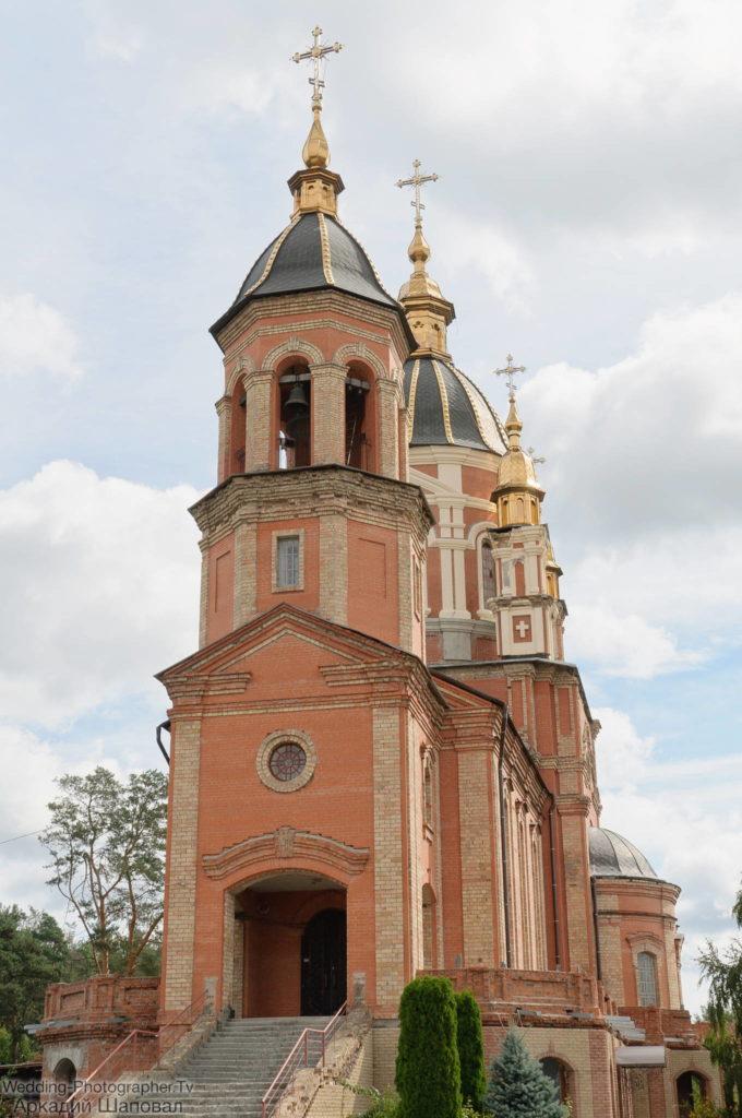 Крещение в храм Рождества Пресвятой Богородицы в Петропавловской Борщаговке