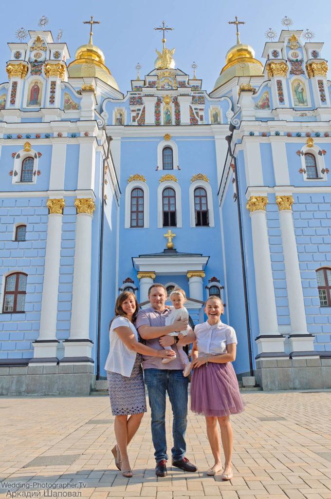 Крещение ребенка в церкви св. Иоанна Богослова (Михайловский Златоверхий)