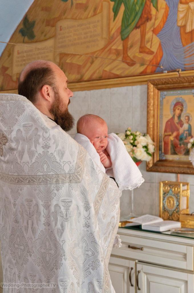Крещение ребенка в Ильинской церкви